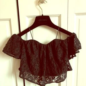 Guess Lace Off-the-shoulder Crop Top